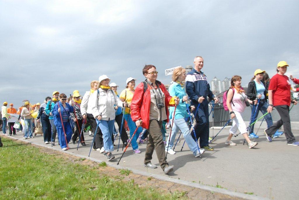 Скандинавская ходьба 50+